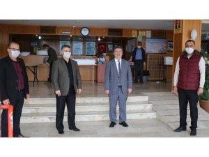 Mut Halk Eğitim Merkezi kurulan atölyelerde 20 bin maske üretimi yapacak