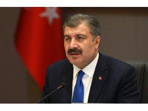 """Sağlık Bakanı Koca: """"Bugün kaybettiğimiz 69 kişi ile toplam can kaybımız 425'i buldu"""""""
