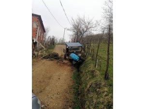 Giresun'da tarım aracı devrildi: 1 ölü