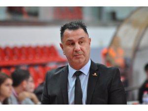 """Bellona Kayseri Coachı Ayhan Avcı: """"Hesaplarımız yeni sezon üzerine"""""""