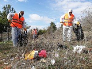 Çorum'da belediye mesire alanlarını temizliyor