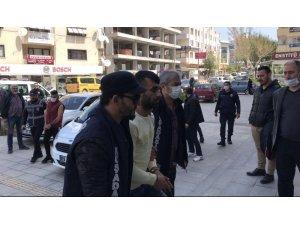 Kuşadası'nda cinayet zanlıları tutuklandı