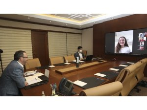 Bakan Kasapoğlu, Tokyo Paralimpik Oyunları'na kota alan milli sporcularla görüştü
