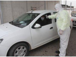 Korona virüs uygulamasında at araba sürprizi