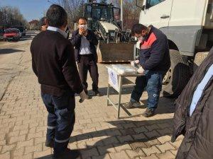 Çavdarhisar ilçe pazarında sıkı önlemler alındı