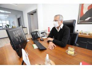 Başkan Tarhan, müdürlerle video konferansla toplantı yaptı