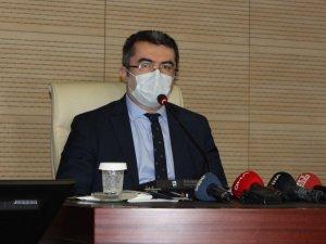 """Vali Memiş: """"Erzurum'da 2 hastamızı kaybettik 60'ın üzerinde taburcumuz var"""""""