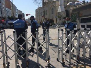 Dörtyol Meydanı'na bariyerler kuruldu, vatandaşlar sırayla alınıyor