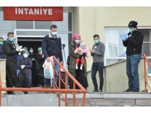 Yüksekova'da korona virüsü tedavisi gören 3 hasta taburcu oldu