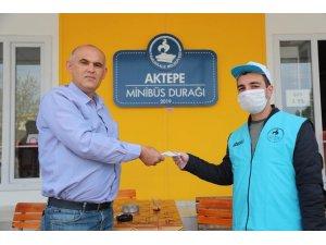 Pamukkale Belediyesi vatandaşlara 200 bine yakın ücretsiz maske dağıttı