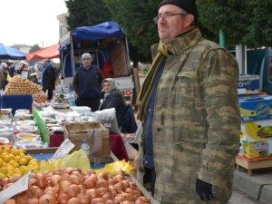 Altınova'da semt pazarı açılacak