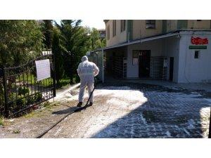 Boğaziçi'nde sokaklar dezenfekte ediliyor