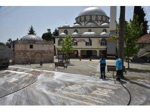 İzmit'in köyleri ikinci kez dezenfekte ediliyor