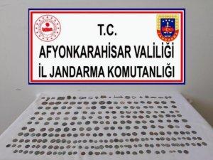 Afyonkarahisar'da  tam 270 parça tarihi eser ele geçirildi