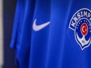 Kasımpaşa'da 2 futbolcunun koronavirüs testi pozitif çıktı
