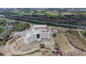 Tarsus Uluslararası İmam Hatip Lisesi inşaatı hızla sürüyor