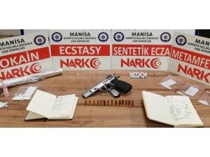 Manisa'da uyuşturucu tacirlerine geçit yok