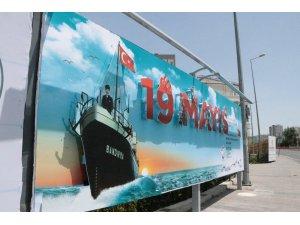 Talas Belediyesi'nden müthiş 19 Mayıs billboardı
