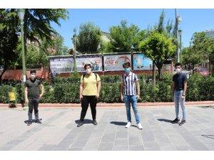 Siirt'te kısıtlama kalktı gençler caddeleri doldurdu