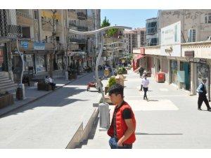 Şırnak'ta kısıtlama kalktı gençler sokaklara koştu