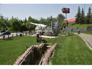 İzmit Belediyesi parkları çocuklar için hazırlıyor