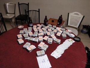İnşaatta kumar oynarken yakalandılar
