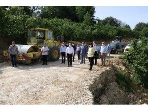 Selin vurduğu Esmahanım ve Uğurlu köylerinde asfalta çalışmaları sürüyor