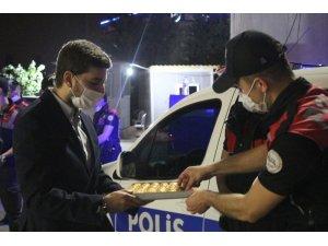 AK Gençlik Ankara'dan emniyet güçlerine moral ziyareti