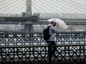 Sıcaklık düşüyor, sağanak yağış yurdu etkisine alıyor