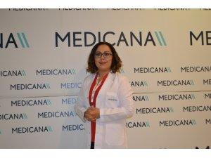 """Dr. Ayşen Aydın: """"Kanserle mücadele çocukluk çağında başlamalı"""