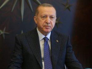 Cumhurbaşkanı Erdoğan'dan camiden müzik yayınına tepki