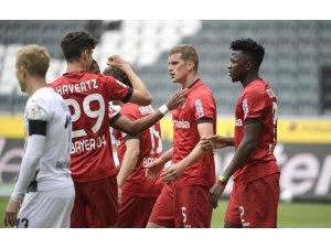 Bundesliga: Mönchengladbach: 1 - B.Leverkusen: 3
