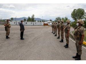 Vali Bilmez'den, polis ve jandarmaya bayram ziyareti