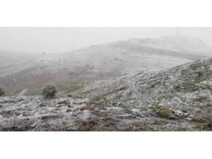 Afyonkarahisar'da Mayıs ayında kar sürprizi