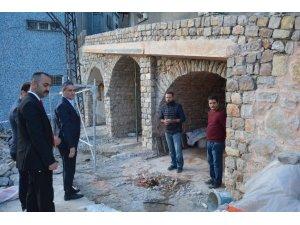 Belen'de tarihi yapılar restore edilerek gün yüzünü çıkarılıyor
