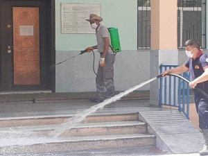 Gölbaşı ilçesinde camiler dezenfekte edildi