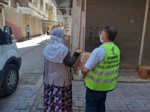 Diyarbakır Büyükşehir Belediyesi 10 bin aileye gıda yardımında bulundu
