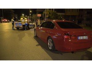 Önce otomobille sonra yayan kaçmaya çalışan vatandaşa 2 bin 798 TL'lik trafik cezası