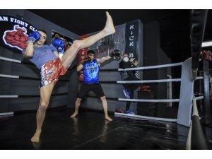Kick Boks'ta aylar sonra antrenman heyecanı