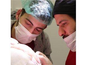 DoctorZen CEO'su İsmail Zengin: ''Saç ekimi yaptırırken pandemi nedeniyle tedbir alan klinikler tercih edilmeli''