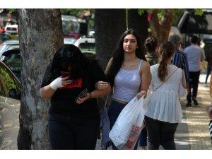 18 yaş ve altı gençler sokaklarda