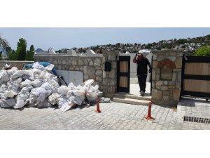 Gazetecilerin villalarının kaçak bölümlerinin yıkımı devam ediyor