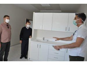 İl Sağlık Müdüründen hastanede inceleme