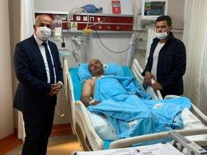 Başkan Ensari'den yaralı güvenlik korucusuna ziyaret