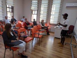 Malatya Büyükşehir, İngilizce eğitimlerine devam ediyor