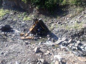 Gümüşhane'de yaşanan heyelan sonrası 300 metrelik uçuruma sürüklenerek hayatını kaybeden 2 kişi son yolculuklarına uğurlanacak