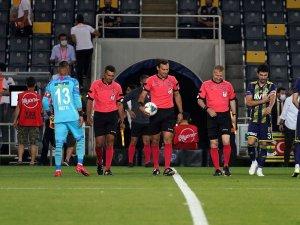Süper Lig: Fenerbahçe: 1 - Göztepe: 0 (Maç devam ediyor)