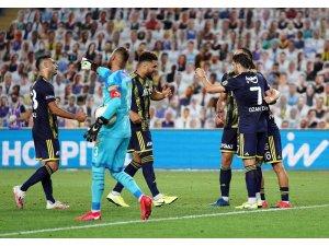 Süper Lig: Fenerbahçe: 2 - Göztepe: 1  (Maç sonucu)