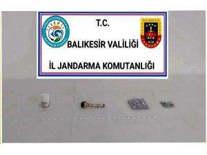 Ayvalık'ta jandarmadan uyuşturucu operasyonu