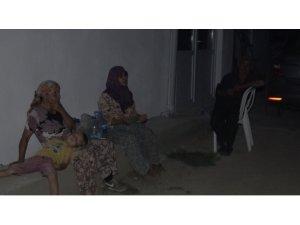 Çanakkale Kumköylüler evleri için sabah ışıklarına kadar nöbet tutuyor